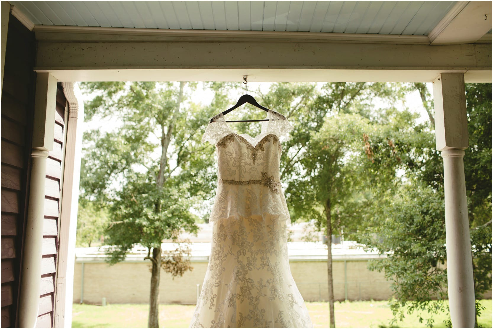 brennanlaughlin_lakecharles_wedding_6_blogstomped