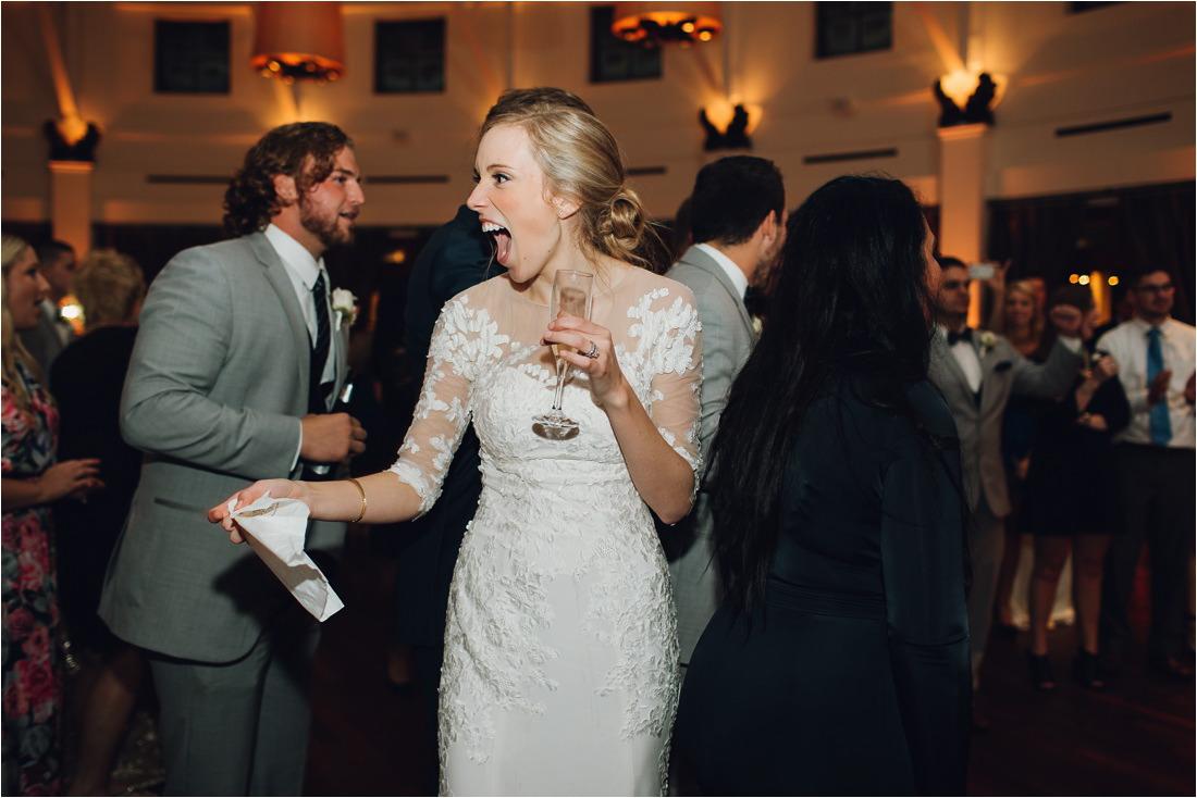 audubonzoo_wedding_hardyeades__1355_blogstomped.jpg