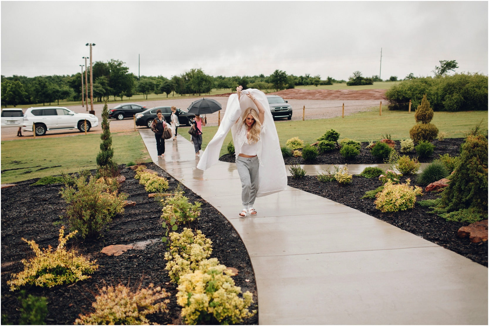 coderhillenburg_oklahoma_wedding__20_blogstomped