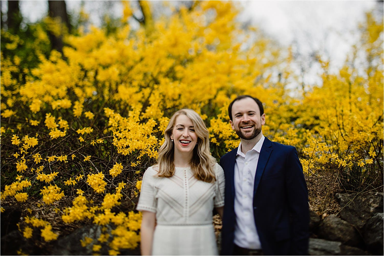 6 ways to get couples relaxed on engagment sessions
